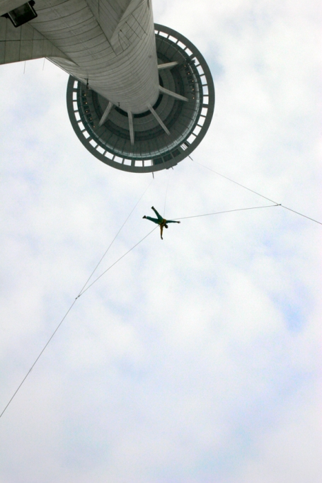 debmacausept2006skyjump
